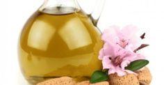 Το γνωστό σε όλους (Prunus Amygdalus Dulcis Oil) είναι θαυματουργό στη χρήση του για την επιδερμίδα μας. Καταρχάς, είναι πλούσιο σε ασβέστιο, χλώριο, σίδηρ