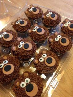 Bear cupcakes Teddy Bear Cupcakes, Teddy Bear Party, Teddy Bear Baby Shower, Teddy Bear Birthday Cake, Toddler Birthday Cakes, Birthday Cupcakes, Cupcakes For Boys, Masha Et Mishka, Marsha And The Bear