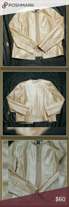 Women's Leather Jacket NEW without tags! No flaws! Never been worn! Smoke-free home!! The color is stunning!!! Peach/Gold Color!! Dialogue Jackets & Coats