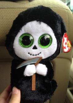 "Rare beanie boo Halloween Themed Name is ""Grim"""
