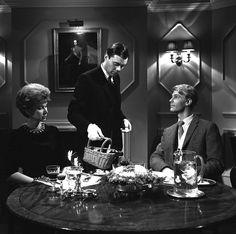 The Servant 1963 ‧ Drame ‧ 1h 56m Dirk Bogarde James Fox Wendy Craig Joseph Losey British Academy Film Award du meilleur acteur britannique,