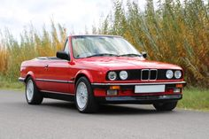 Don't let a tattered BMW top bring you down. Get your BMW looking like new with a premier top from AutoTopsDirect. Bmw E30 Cabrio, Bmw E30 325, Bmw 325, Bmw Cars For Sale, E30 Convertible, Bmw Vintage, Bmw Classic Cars, Bmw 1 Series, Luxury Sports Cars