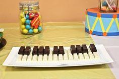 Gâteau Kit Kat pour pianiste