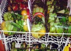 Ein genialer Tipp:Gewürzgurken im Geschirrspüler einkochen Cooking App, Cooking Chef, Easy Cooking, Healthy Cooking, Cooking Ideas, Cooked Cucumber, Cooking For Beginners, Beginner Cooking, Pickling Cucumbers