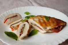 Chicken Breast With Tomatoes And Basil Recipe Main Dishes, Lunch with chicken fillets, tomatoes, basil, salt, pepper, chicken breasts, basil, chicken breasts, basil
