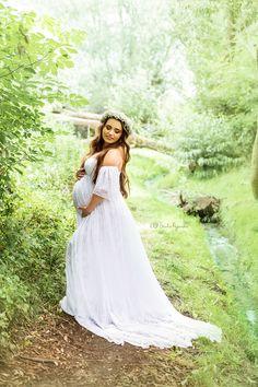 White Dress, Wedding Dresses, Fashion, Bride Dresses, Moda, Bridal Gowns, Fashion Styles, Wedding Dressses