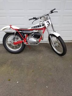 Trail Motorcycle, Trial Bike, Vintage Twins, Trials, Motorbikes, Vehicles, Ironic Quotes, Dirt Biking, Bicycle