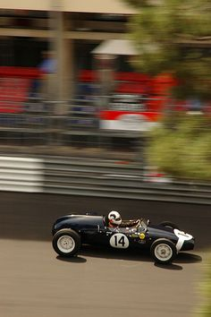 1957 Cooper racing over the start finish line in Monaco. Finish Line, Monaco, Race Cars, Ireland, The Past, Racing, Classic, Drag Race Cars, Running