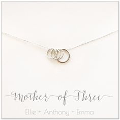Dainty Jewelry, Cute Jewelry, Jewelry Box, Jewlery, Jewelry Accessories, Mother Gifts, Gifts For Mom, Circle Necklace, Jewelries