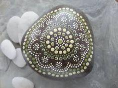 Afbeeldingsresultaat voor beschilderde stenen