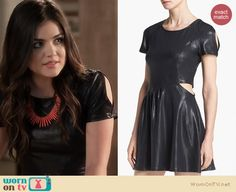 WornOnTV: Aria's black leather-look split sleeve dress and coral spiked necklace on Pretty Little Liars Lucy Hale Outfits, Pll Outfits, Pretty Little Liars Aria, Pretty Little Liars Outfits, Fashion Tv, Fashion Looks, Fashion Outfits, Pam Pam, Vogue