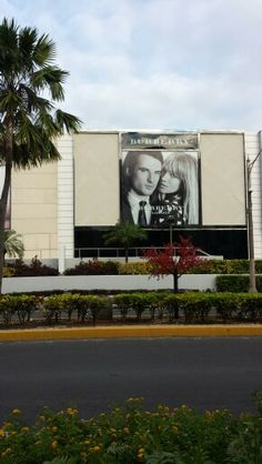DFS Guam Burberry trench kisses ad campaign Tumon bay galleria 671