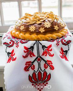 Korovai: Ukrainian Wedding Bread