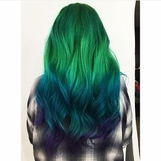 I've got waves like high tide...  @hayleydollx keeping her stunning ombré looking bold and beautiful with Extreme Green, Extreme Teal, and Extreme Purple conditioners!  Tag #overtone to be featured!  Extreme Teal and Extreme Purple conditioners are in stock now at oVertone.co.  Extreme Green will be back in stock in the next few days!