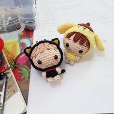 44 ideas for crochet amigurumi girl yarns Kawaii Crochet, Crochet Disney, Cute Crochet, Crochet Girls, Crochet Pillow Patterns Free, Crochet Amigurumi Free Patterns, Crochet Books, Bead Crochet, Tsumtsum