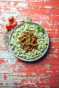 Borjúragu háziasszony módra, petrezselymes galuska #food #fooddelivery #gastroyal #lamb #ragout