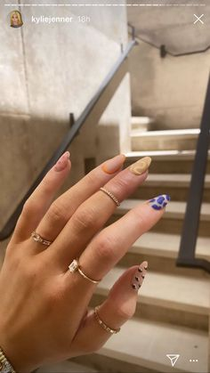May Nails, Aycrlic Nails, Minimalist Nails, Nail Swag, Uñas Kylie Jenner, Kylie Nails, Acrylic Nails Kylie Jenner, Space Nails, Nagellack Design