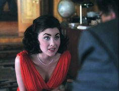 Sherilyn Fenn...has she ever looked lovelier as Audrey Horne?
