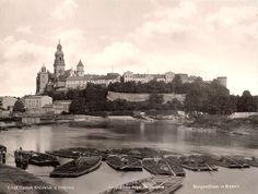 Widok na Wawel od strony Wisły w 1890 roku! Rewelacyjnej jakości fotografia. Na uwagę zasługują psie budy na barkach.