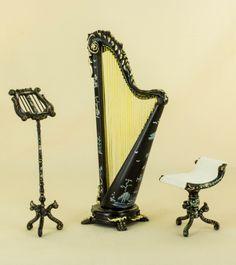 The Palais Harp Set - Black [4445 BCS Set] - $159.99 : Bespaq International, Fine Miniatures and Collectables