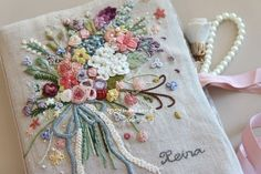Embroidery Flowers Pattern, Embroidery Works, Cute Embroidery, Hand Embroidery Stitches, Silk Ribbon Embroidery, Cross Stitch Embroidery, Embroidery Designs, Decorative Hand Towels, Creative Textiles
