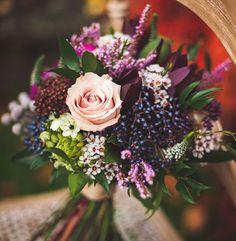 16 beautiful Fall Wedding Bouquets  ~  we ❤ this! moncheribridals.com #autumnweddingbouquets