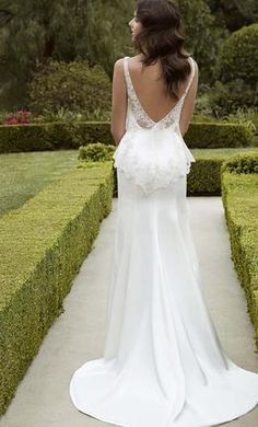 Enzoani Iva wedding dress currently for sale at 60% off retail.