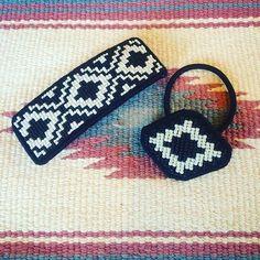 ネイティヴ #バレッタ #刺繍 #handmade #handmadeaccessories #beadswork #エスニック #beads #hairaccessories #ビーズ刺繍 #ヘアゴム #オルテガ #ビーズ