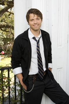 Misha Collins (not to be confused with skanktastic Misha Barton from the OC) is not only insanely hot but also isanely hilarious. Description from celebmanmeat.blogspot.com. I searched for this on bing.com/images