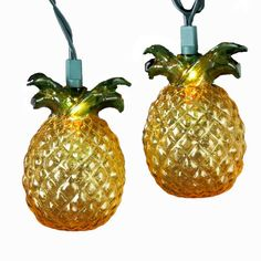 This kurt adler 10-light glass-look pineapple light set is a fun, festive way to add to your holiday or theme party décor. Each of the 10 lights in this set resembles a pineapple, and the glossy look.