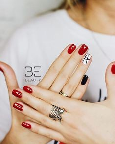 stylish geometry nails design manicure nails nailart nail is part of Short nails Black Oval - Short nails Black Oval New Year's Nails, Gel Nails At Home, Red Nails, Red And White Nails, Cute Nails, Pretty Nails, Manicure Gel, Shellac, Nail Nail