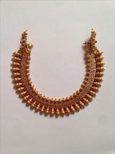 Antique Necklace 9 Antique Necklace, Antique Jewelry, Gold Necklace, Short Necklace, Antique Gold, Necklace Set, India Jewelry, Temple Jewellery, Gold Jewellery Design