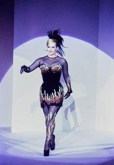 Mugler Fall 1995 Couture Fashion Show - Patty Hearst