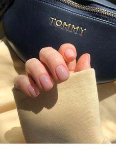Cute pink nails for winter - ChicLadies.uk - Cute pink nails for winter – ChicLadies. Pink Gel Nails, Cute Pink Nails, My Nails, Work Nails, Acrylic Nails, Classy Nails, Stylish Nails, Trendy Nails, Elegant Nails