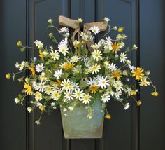 Country Cottage Decor - Front Door Wreath - Yellow Daisies - Summer Wreath