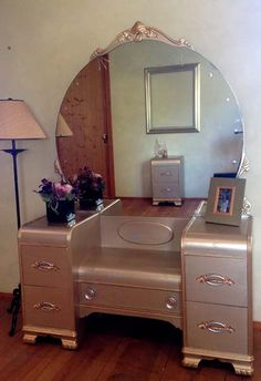 Vintage Art  Deco Waterfall Vanity with Mirror