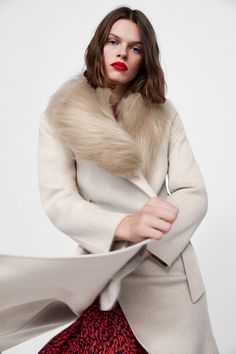 COAT WITH FAUX FUR COLLAR - LEAVES OF AUTUMN-WOMAN | ZARA Australia