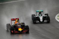 It's #BrazilGP week!   Here's Verstappen finding grip in the wet at Turn 3 in last year's race at Interlagos. He passed Rosberg on the outside!  What are your favourite wet-weather F1 drives?
