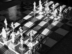 """LA SCACCHIERA DI EMILY - (da """"La scacchiera di Emily"""" - cortometraggio di QUEM quintelemento) - foto di Claudio Rancati"""