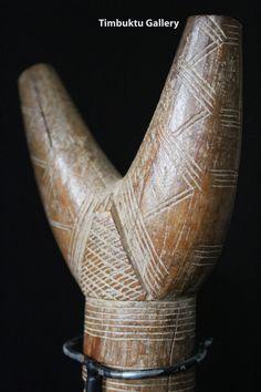 Timbuktu Gallery £98.00. Antique Tuareg tent pole. African art from the Sahara. Touareg. Afrikanisch. Tribalart. African art.