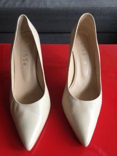 1fa517a0dc3c86 40 meilleures images du tableau Shoes à vendre ! A acheter ! en 2017