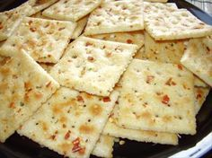 1 1/4 cups canola oil, 1 (1 oz) pkg ranch dressing mix ,2 Tb red pepper flakes(I use one,you can make it as hot as you like) 1 (16 oz) box saltine crackers. Directions* Use large bowl. Add oil, ranch dressing mix, red pepper flakes & crackers. Tumble constantly for 15 minutes.drizzling the seasonings over the crackers. Bake 250 for 20 minutes for toasty crunch crackers.
