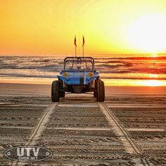 The king of old school gets a whopping dose of performance when Rugged Radios converts a Polaris RZR XP 1000 into the Rugged Radios Beach Buggy RZR. Vw Dune Buggy, Dune Buggies, Polaris Rzr Xp 1000, Baja Bug, Sand Rail, Sand Toys, Beach Buggy, Off Road Racing, Manx