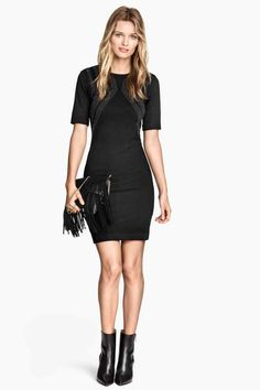 Vestido de punto con tachuelas 24,99 € - H&M