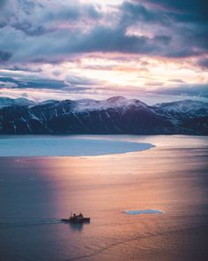 mrbenbrown:  Arctic sunset helicopter mission  that...