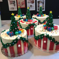 tarta pino y regalos Fondant, Birthday Cake, Desserts, Food, Pine, Pies, Presents, Tailgate Desserts, Deserts