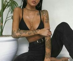Find images and videos about girl, fashion and style on We Heart It - the app to get lost in what you love. Rebellen Tattoo, Piercing Tattoo, Body Art Tattoos, Sleeve Tattoos, Tattoo Girls, Girl Tattoos, Tatoos, Aesthetic Tattoo, Aesthetic Girl