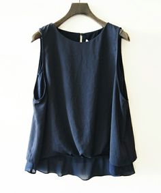 Jines(ジネス)のラングサテン タンク型裾ブラウジング風デザインブラウス(TOPSのみ)(シャツ/ブラウス)|ネイビー
