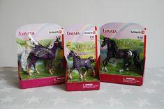 Chic Geek Diary: Schleich Bayala Glittering Moon Unicorns & Pegasus... Breyer Horses, Farm Yard, Shades Of Purple, Pegasus, Mythical Creatures, Unicorns, Barns, Cute Kids, Little Girls