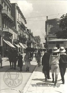 Αθήνα, 1919 ~ Aeolou street, Athens (photo, Fred Boissonnas)